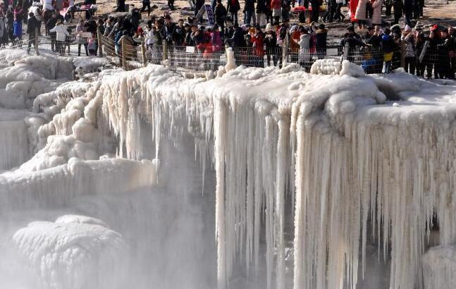 壶口瀑布冰瀑冰雕